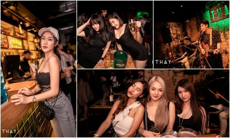 Thai girls and live band at Thay Ekamai in Bangkok