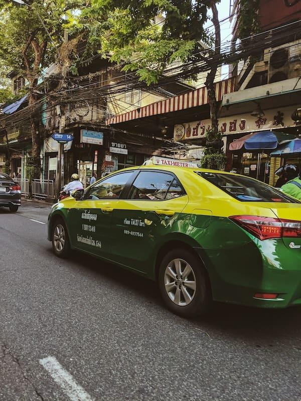 yellow taxi in Bangkok