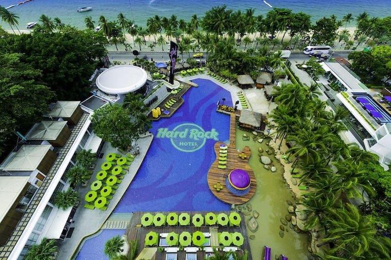 pool of hard rock hotel in Pattaya