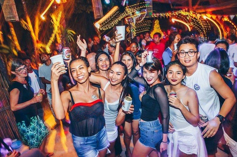 Koh Kut nightlife