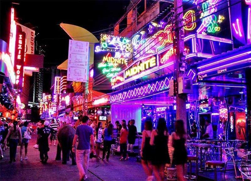 patpong neon lights at night