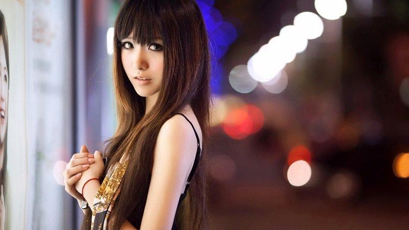 sexy Thai street hooker in Bangkok