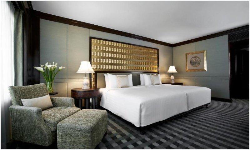 One-Bedroom Corner Suite at Anantara Siam Bangkok Hotel One-Bedroom Corner Suite