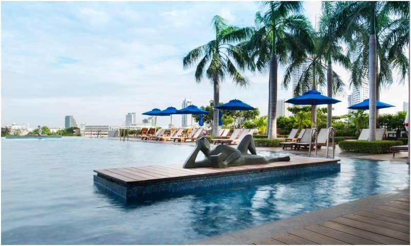 Outdoor pool at Chatrium Hotel Riverside Bangkok