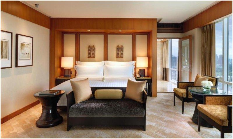 Conrad Bangkok suites