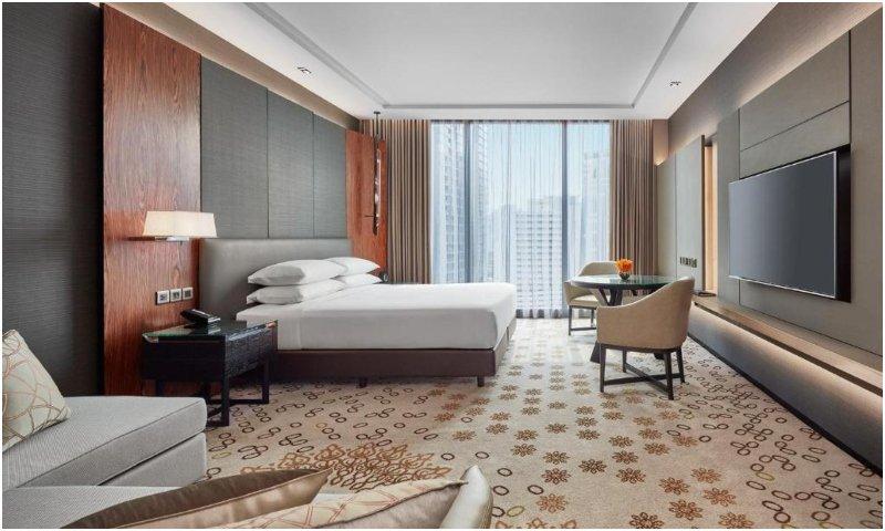 Deluxe King Room Hyatt Regency Bangkok Sukhumvit