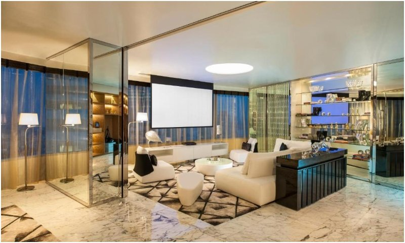 Extreme Wow President suite
