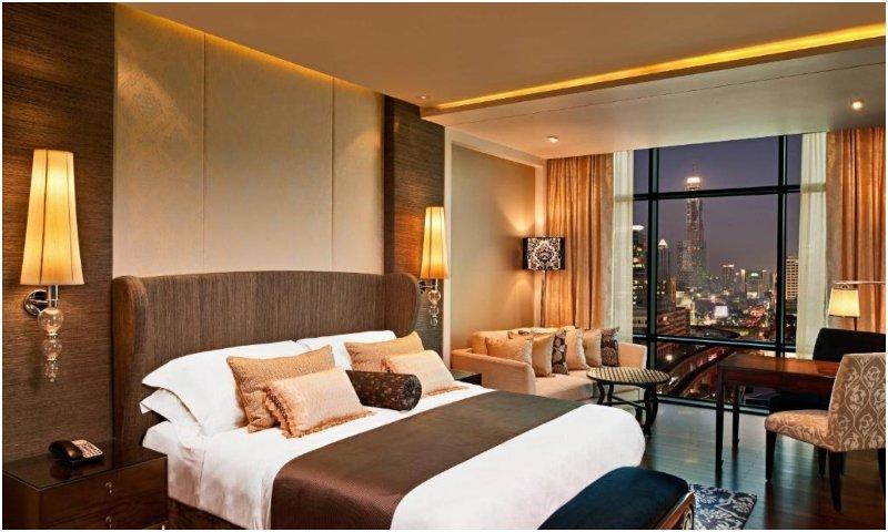Grand Deluxe City View St. Regis Bangkok