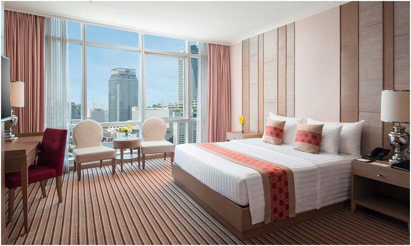 Luxury room Berkeley Hotel Pratunam