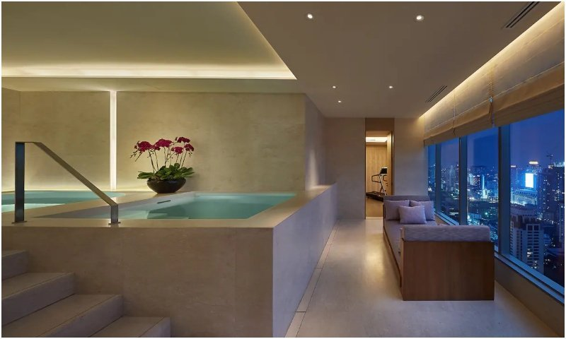 Presidential Suite private pool