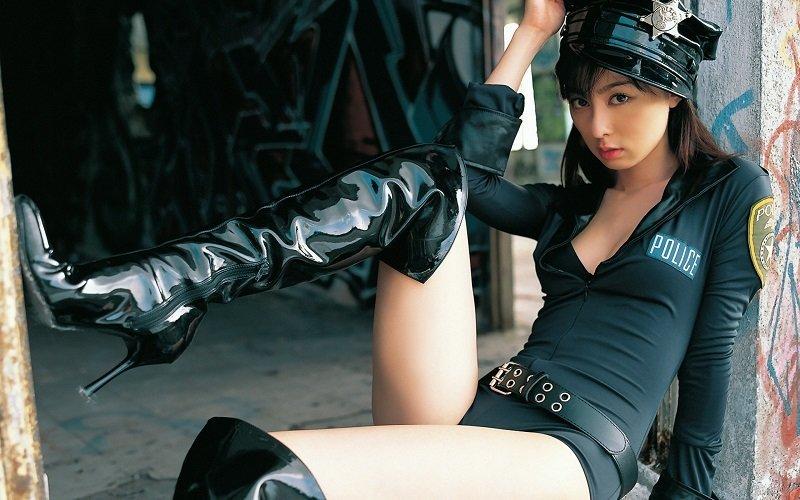 pattaya prostitute in police uniform