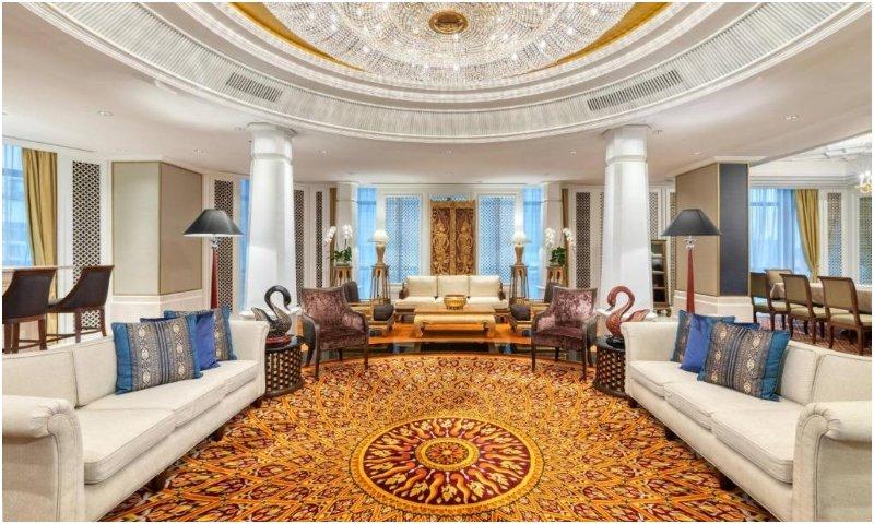 Ratanakosin penthouse suite