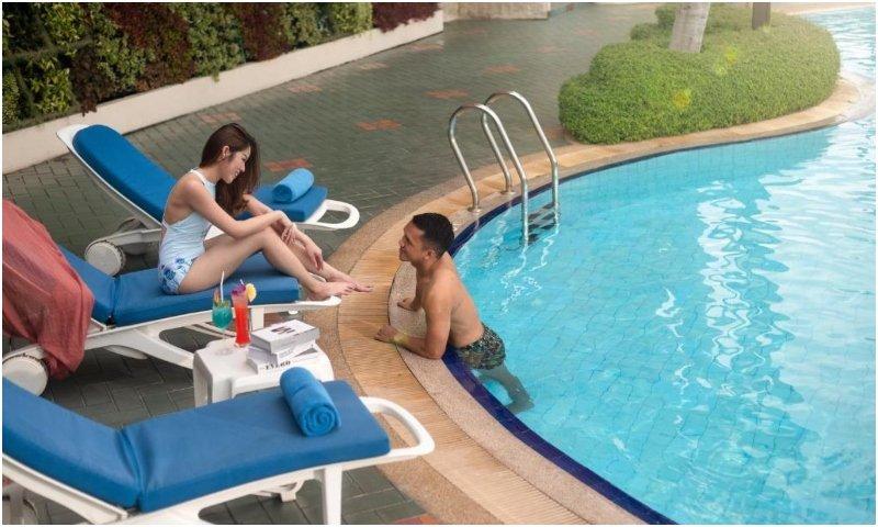 The Emerald Hotel pool