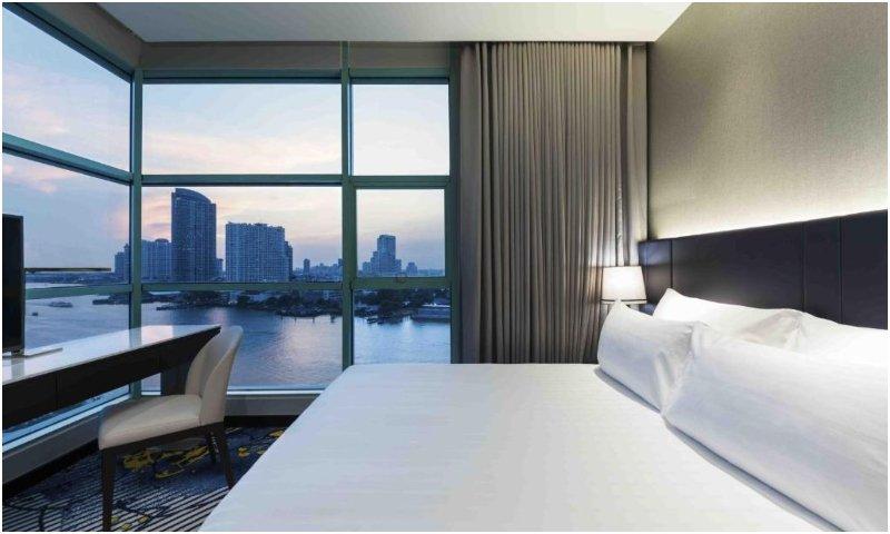 bedroom in Chatrium Hotel Riverside Bangkok