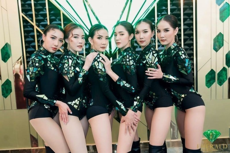 PR girls from Emerald Thonglor soi 13