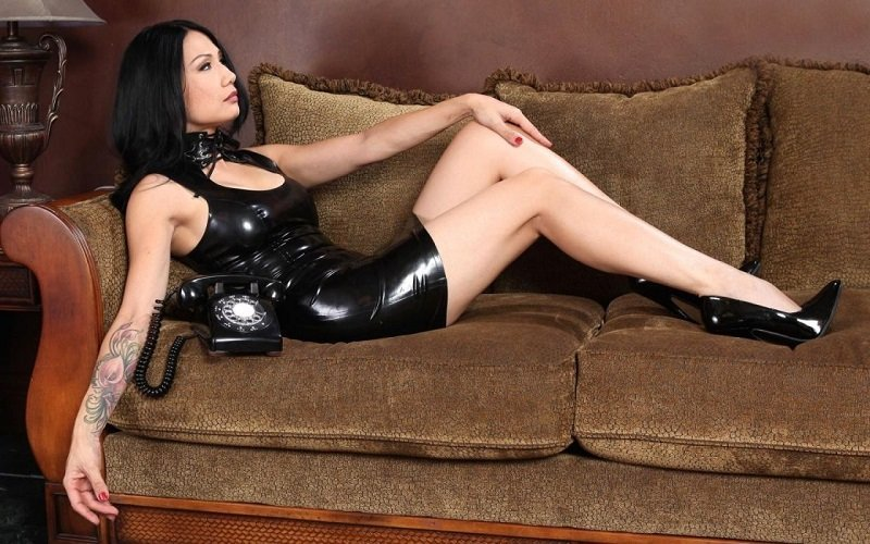 thai mistress escort waiting for outcall