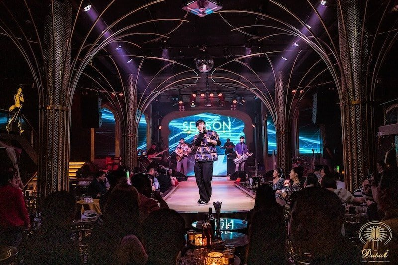 Thai singer on stage at Dubai Luxury Club in Ratchada Bangkok